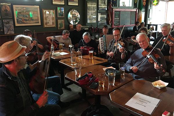 Irish Music Session at The Dubliner, St. Paul.photo: Dáithí Sproule